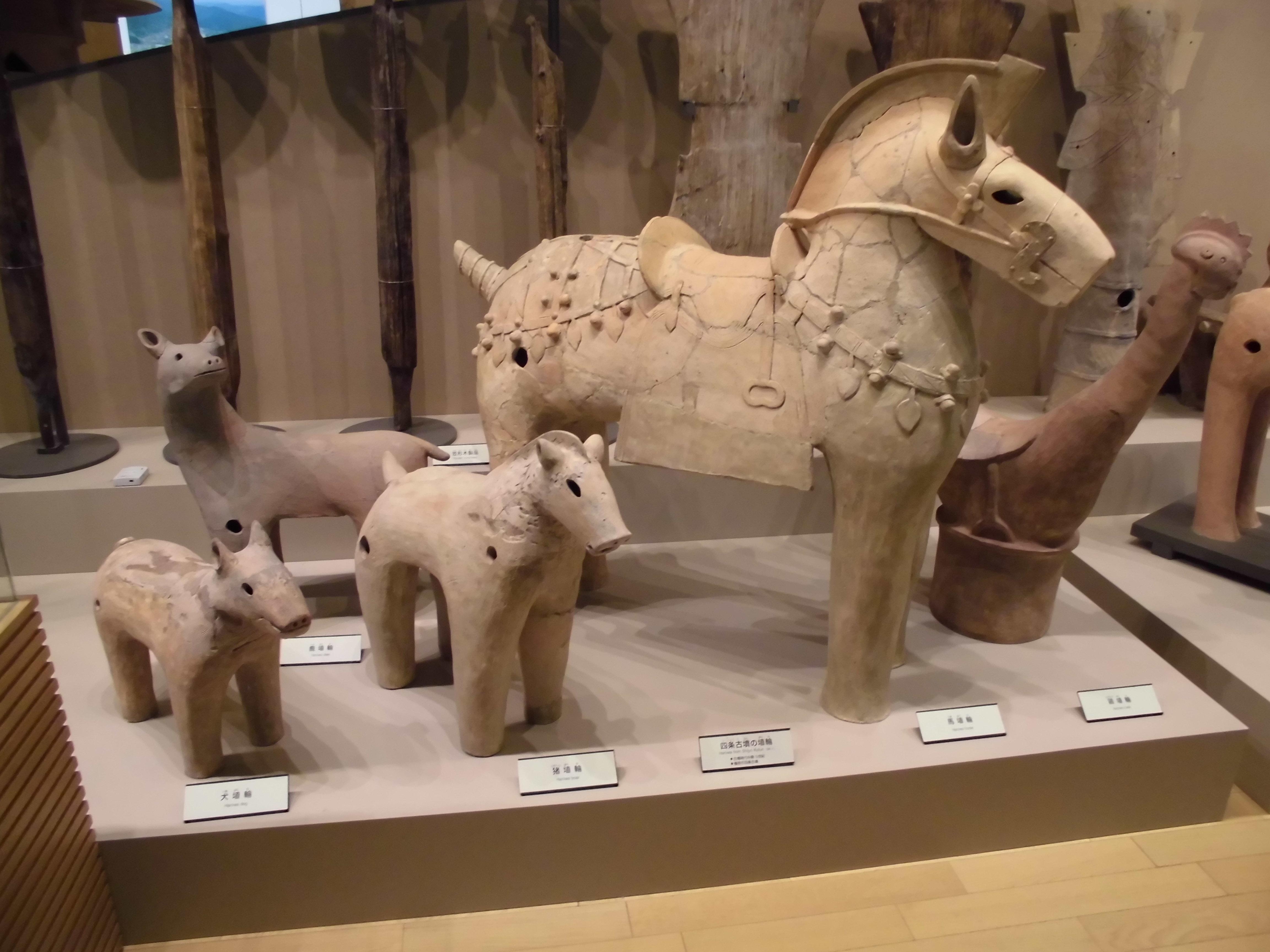 大きな埴輪を見に行こう!!【奈良県立橿原考古学研究所付属博物館に行ってきました by-VEGETAPSY】