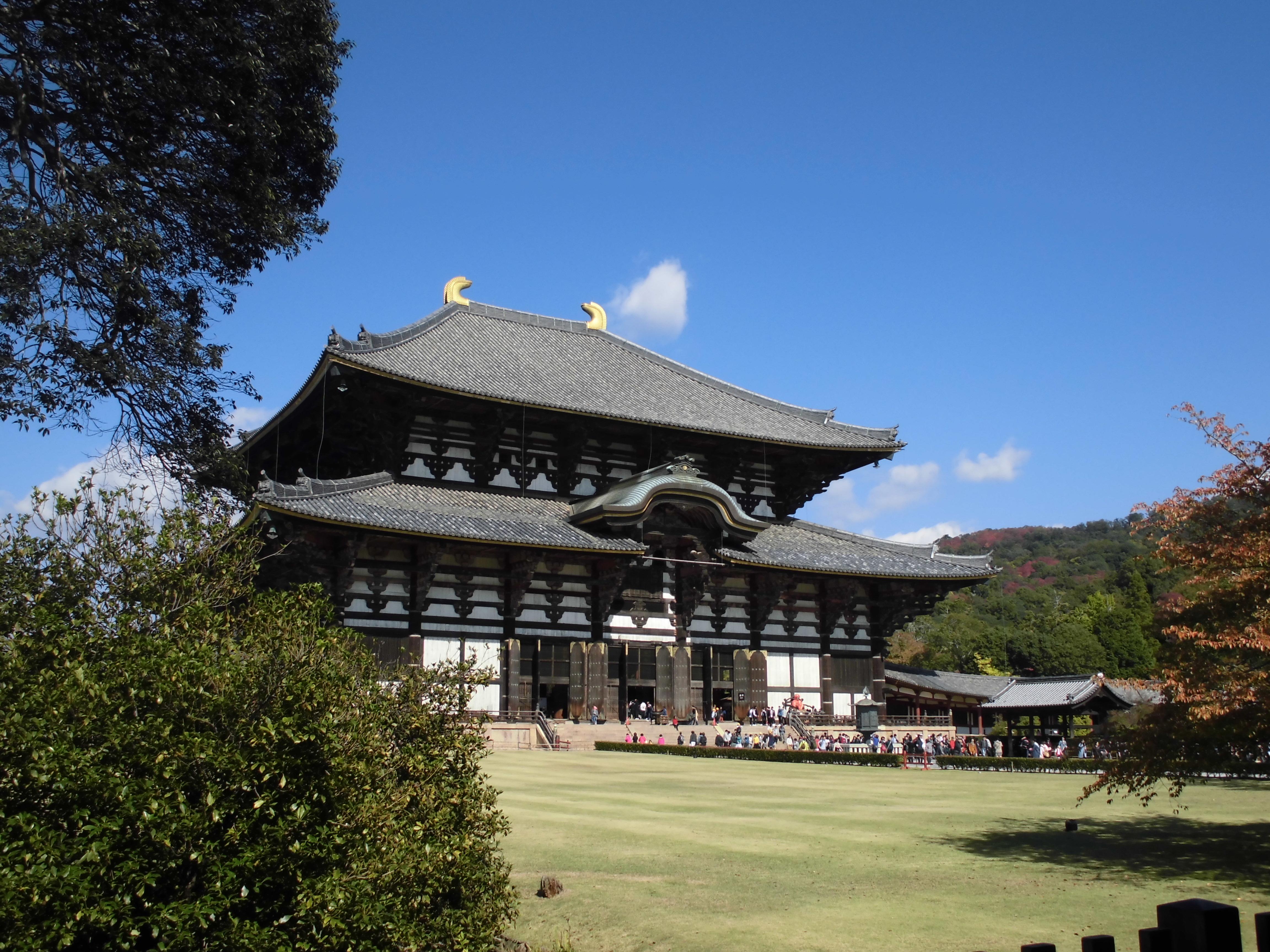 奈良といえば大仏様。奈良の街を少しブラついてきました【東大寺周辺by-VEGETAPSY】